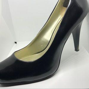 Diba Black Business Heel with Block Toe